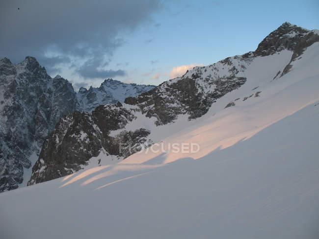 Dawn on Glacier Superior des Agneaux, Villar d'Arene, Alpes Provence, Hautes Alpes, France, Europe — стокове фото