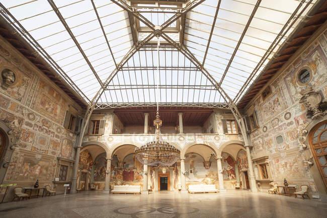 Tribunal interno, Villa La Petraia é uma das vilas Medici, século XIV, Florença, Toscana, Itália, Europa — Fotografia de Stock