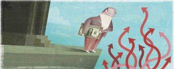 Businessman holding money near tangle of arrows — Stock Photo