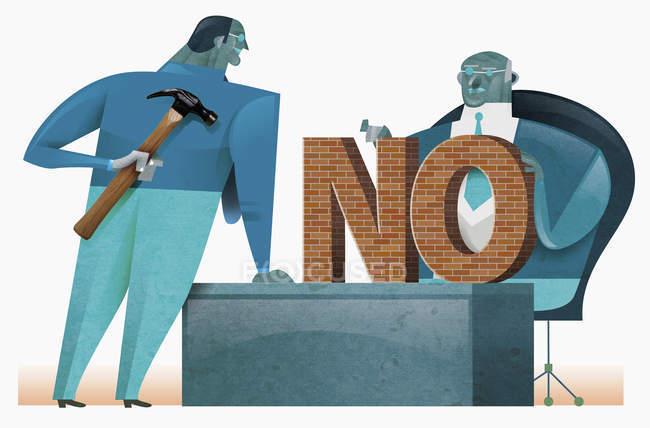 Бізнесмен з словом ні на столі, колега з молотом — стокове фото