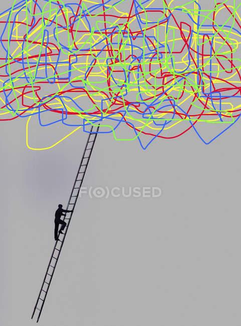Uomo che sale la scala fino a stringa aggrovigliata — Foto stock