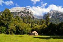Basecamp для скелелазіння і альпінізм — стокове фото