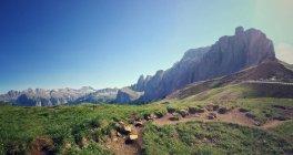 Paisagem com montanhas gama vista — Fotografia de Stock