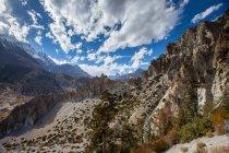 Paysage avec montagnes range vue — Photo de stock