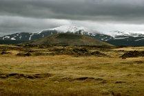 Paysage de montagnes en été — Photo de stock