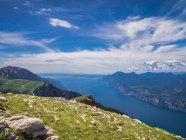 Beautiful mountain range landscape — Stock Photo