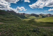 Green Mountains beautiful landscape — Stock Photo