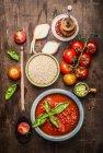 Cereali con verdure e spezie — Foto stock