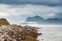 Norwegens Küste. Ozeanstrand — Stockfoto