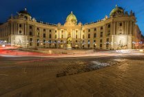 Hofburg Palace in Vienna at night — Stock Photo