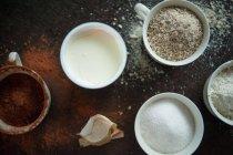 Creme mit verschiedenen kochen Pulver — Stockfoto