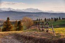 Spring countryside in Tatras mountains — Stock Photo