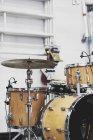Set di batteria in studio di ripetizione — Foto stock