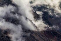 Dolomiti nella nebbia del mattino — Foto stock