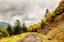 Перегляд осінь у Піренеях — стокове фото