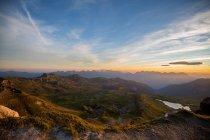 Красивий гірський пейзаж — стокове фото