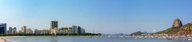 Paysage avec la ville de Rio de Janeiro — Photo de stock