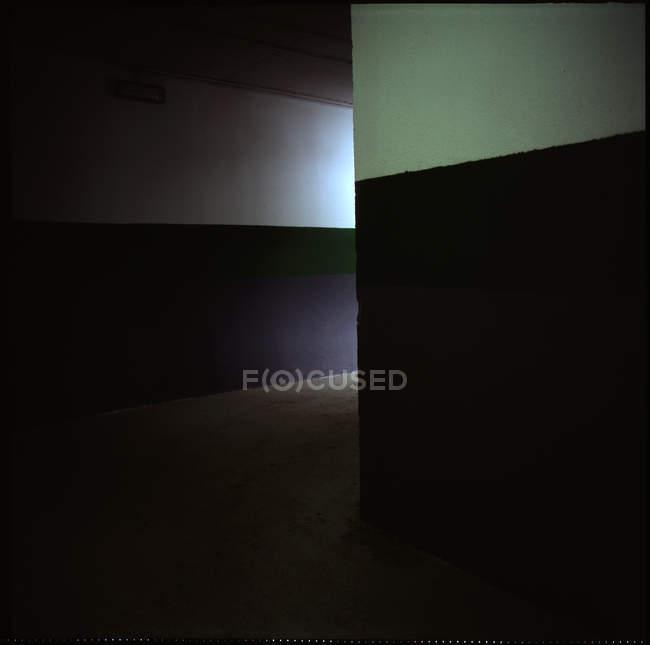 Частичный вид бетонной стены текстуры, минималистичный концепции — стоковое фото