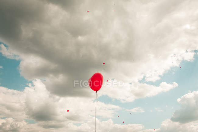 Bunch of balloons flying in air — Stock Photo