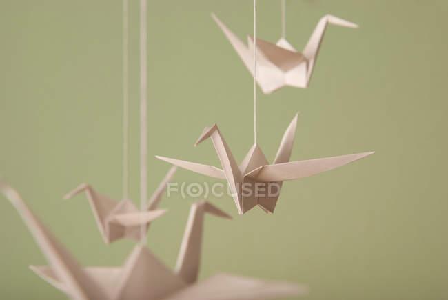 Pájaros de papel origami hecho a mano - foto de stock
