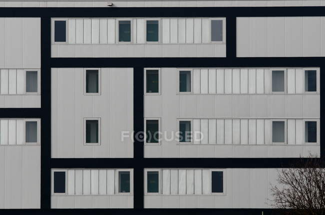Building facade of modern architecture — Stock Photo