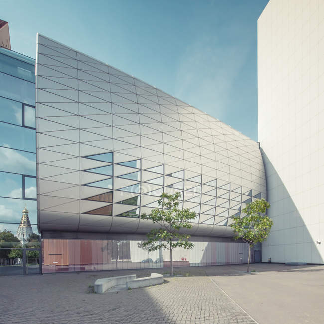 Exterior shot of national library building facade in Leipzig — Stock Photo