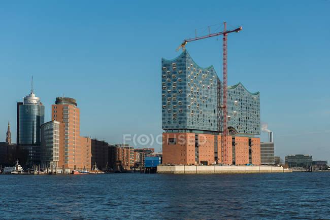 Daytime view of Elbphilharmonie concert hall in Hamburg, Germany — Stock Photo