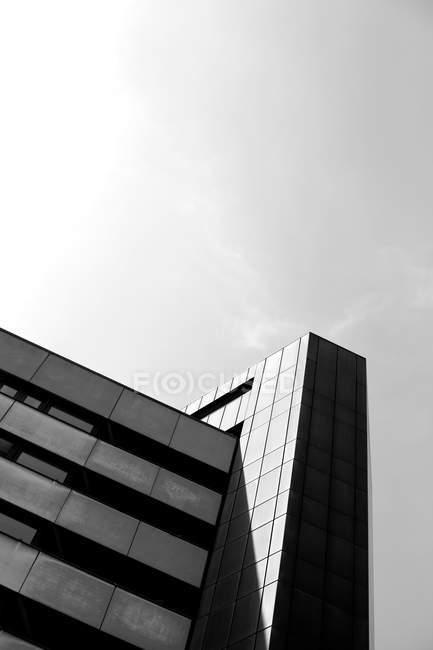 Architecture, bâtiment, façade, architecture moderne, noir et blanc — Photo de stock