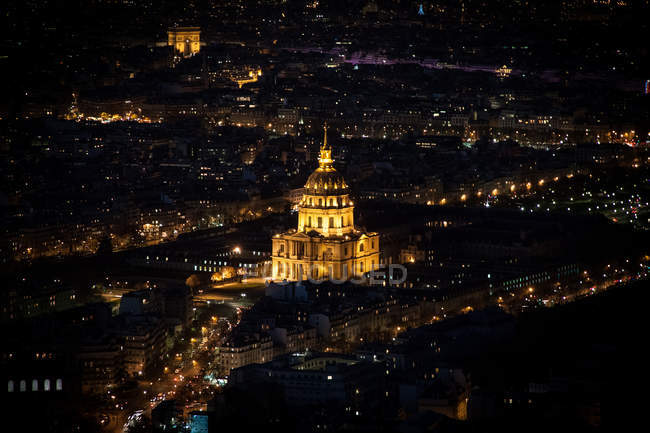 Scenic view of church at nighttime, paris, france — Stock Photo