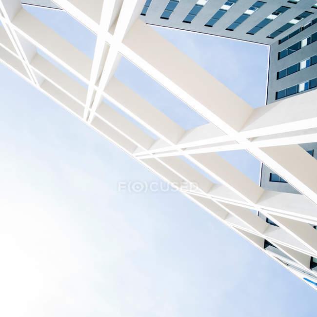 Gratte-ciel moderne façade — Photo de stock