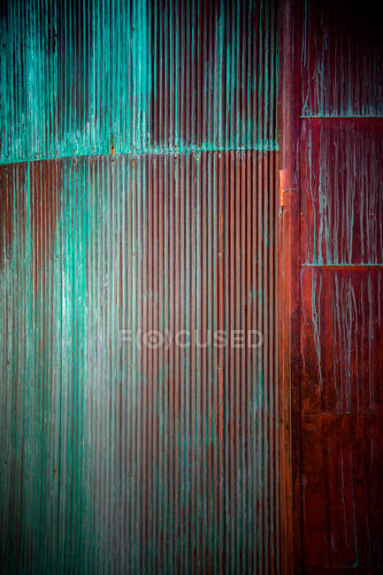 Full frame image of colorful wooden wall surface — Stock Photo