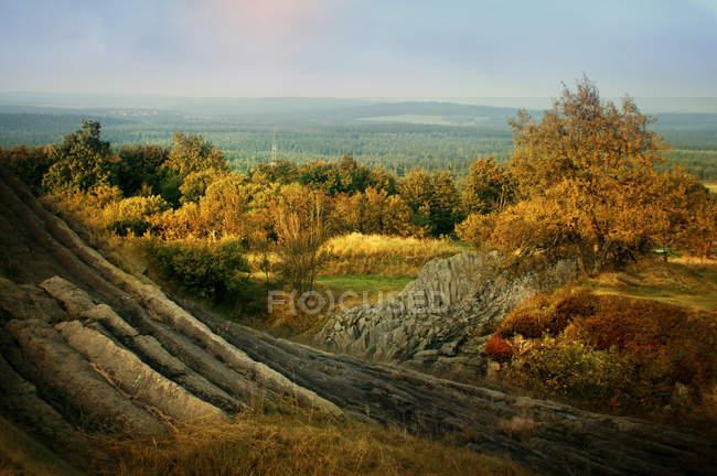 Ландшафт горы в осенний сезон — стоковое фото