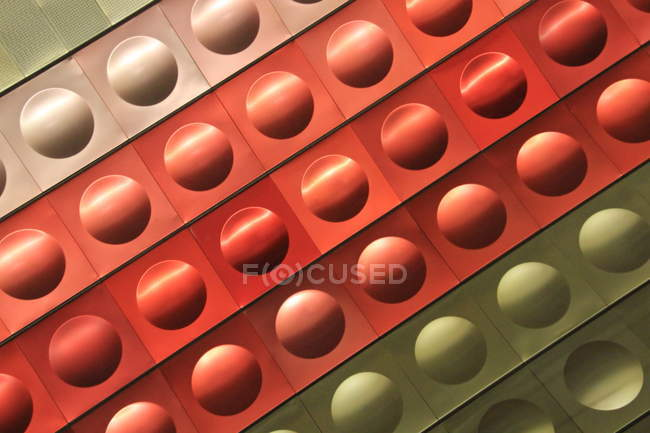 Fondo multicolor con puntos - foto de stock