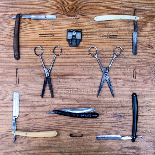 Flat lay of vintage barber tools — Stock Photo