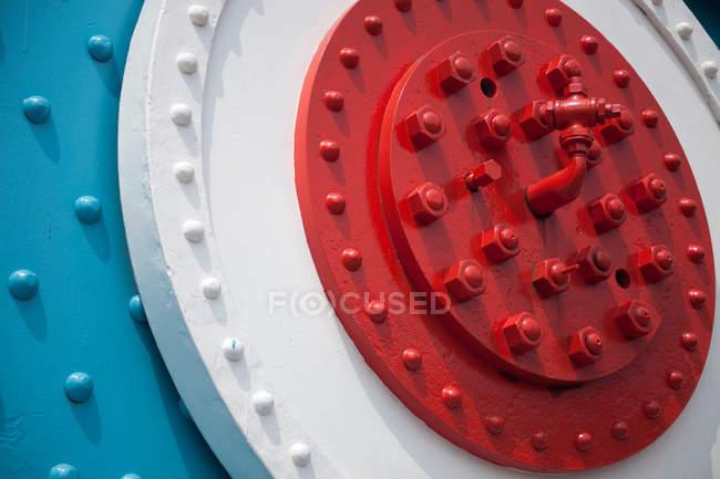 Detalhes de construção de artigos de metais predestinados com rosca — Fotografia de Stock