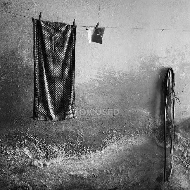 Clothesline with drying clothing — Stock Photo