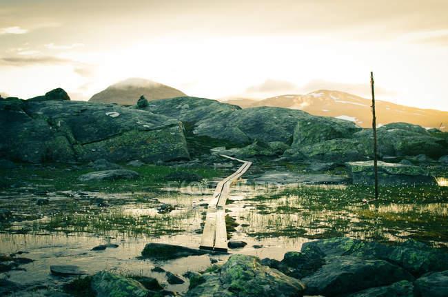 Paysage magnifique chaîne de montagnes — Photo de stock