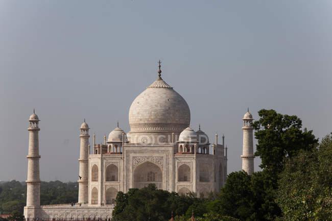 Temple de célèbre taj mahal en Inde, la ville d'Agra — Photo de stock