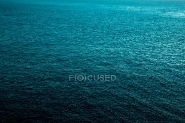 Surface de l'eau de mer — Photo de stock