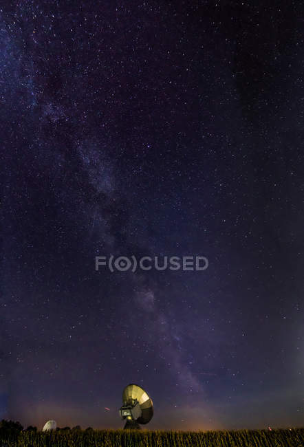 Антена страви за астрономічна обсерваторія — стокове фото