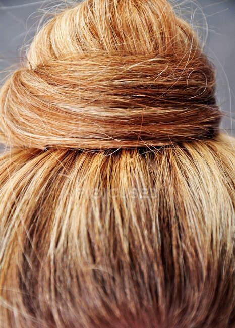 Female hairstyle hairdo, Golden hair color — Stock Photo