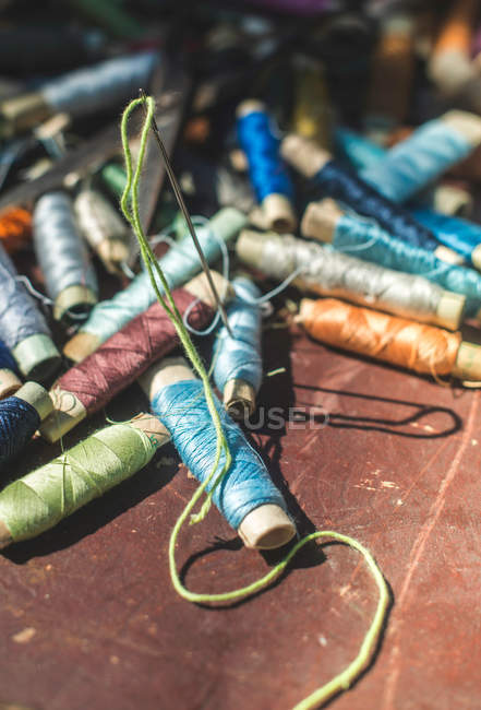 Pile of vintage sewing threads — Stock Photo