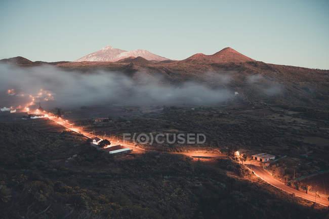 Paisagem com montagem de vulcão — Fotografia de Stock