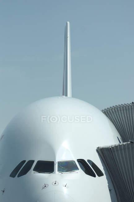 Самолет airbus трапов — стоковое фото
