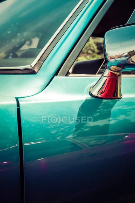 Primer plano de la vista de detalles de coche retro - foto de stock