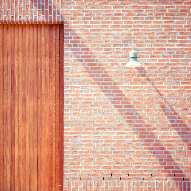 Bricks wall texture and lantern — Stock Photo