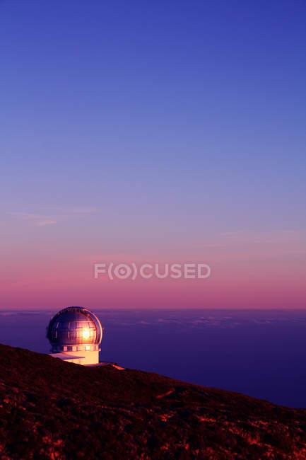 Gran Telescopio Canarias, island of La Palma, Canaries, Spain, Dome of GTC at sunset — Stock Photo