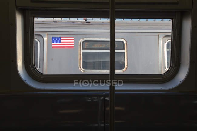 View of wagon with American flag — Stock Photo