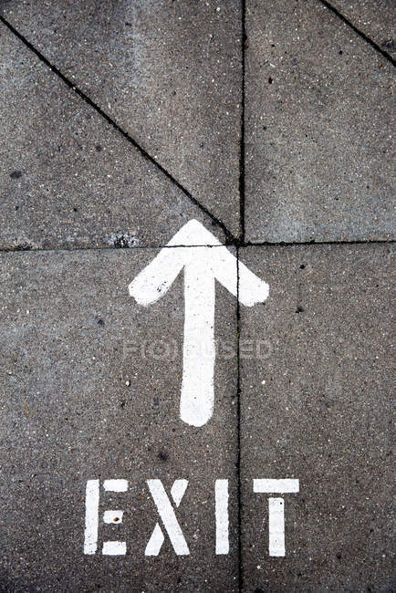 Road with arrow sign, exit — Stock Photo