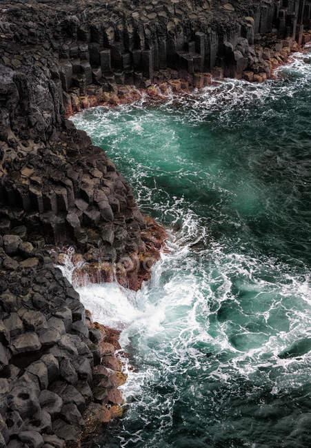 Морське узбережжя з лаві пля — стокове фото